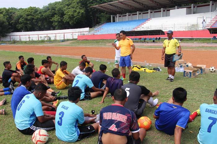 Dukung Kapolda Cup, Kapolres Mojokerto Ikut Sesi Latihan
