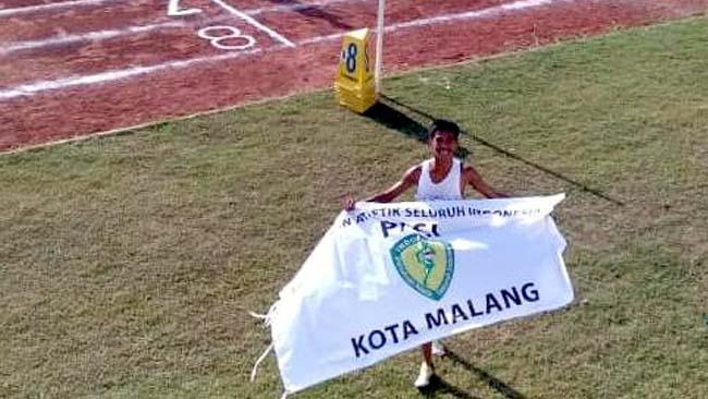 Ali Topan persembahkan medali emas perdana. (ist)